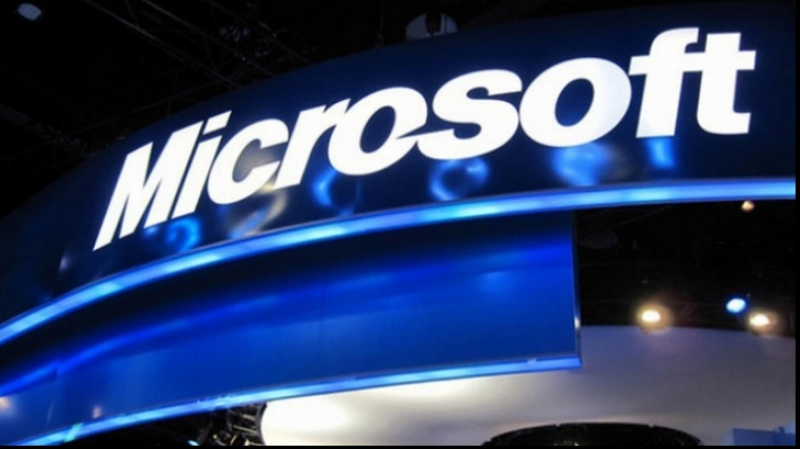 Dolarul puternic erodează afacerile Microsoft. Investitorii sunt, totuşi, fericiţi