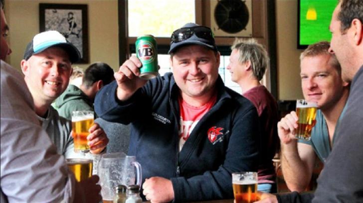 Teorie inedită: ce legătură există între consumul de alcool şi accentul australian