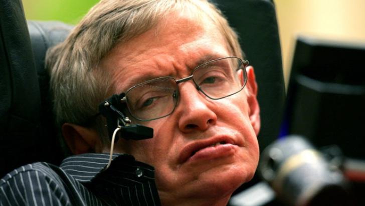 Avertismentul lui Stephen Hawking: Omenirea ar trebui să se teamă de capitalism, nu de roboţi