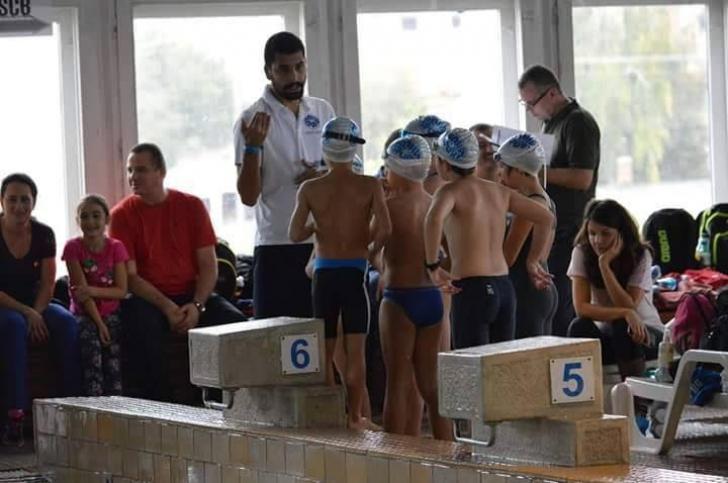Campionii de la C.S Aqua Sport București s-au întors cu tolba plină de medalii de la Cupa Sprint
