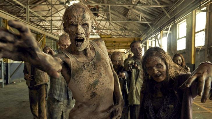 """Extrem de bizar: ce s-a întâmplat după ce doi amici s-au uitat împreună la serialul """"Walking Dead"""""""