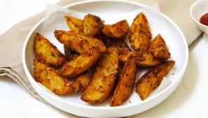 Cum să faci cei mai buni cartofi la cuptor. Ingredientul ţinut secret de marii bucătari