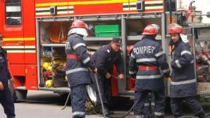 Incendiu în Arad. O femeie şi un bărbat au murit