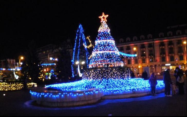 Singurul oraș din România fără iluminat festiv de Sărbători.Ce explicație au dat autoritățile locale