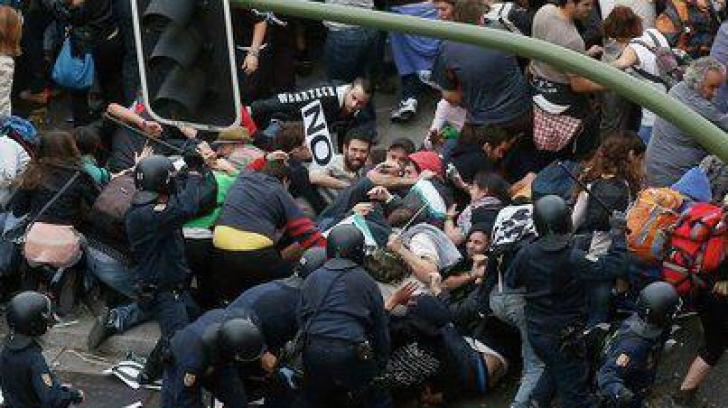 Greva generală din Grecia. Confruntări între Poliţie şi manifestanţi, la Atena