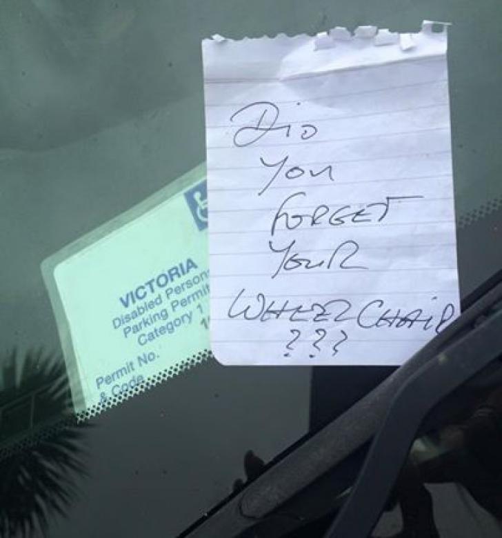 A parcat pe locul rezervat persoanelor cu handicap. Ceva copleşitor s-a întâmplat apoi