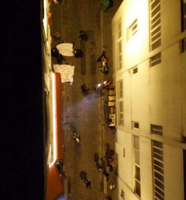 ATENTATE TERORISTE PARIS.Cel puţin 30 de morţi. În paralel, luare de ostatici. Preşedintele, evacuat