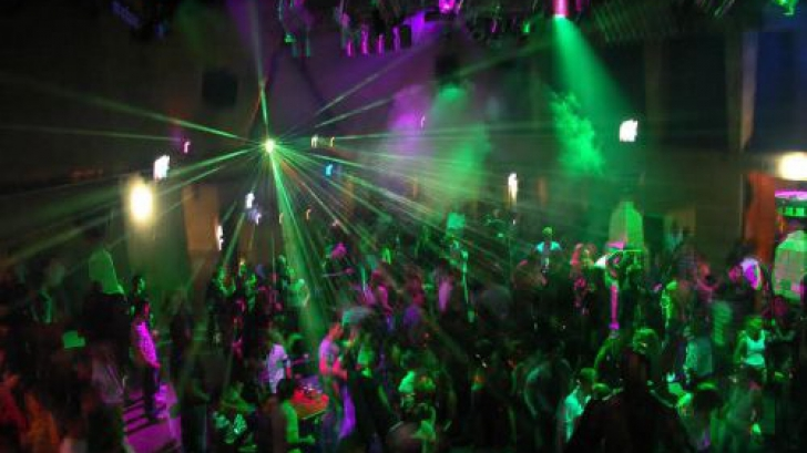 Buzău. Nereguli constatate de ISU la cluburi, discoteci și pub-uri