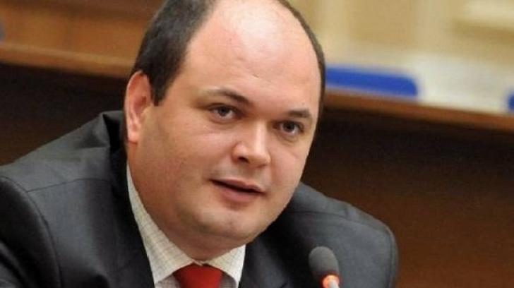 Preşedintele Consiliului Fiscal: Cu ce s-ar putea putea confrunta România dacă deficitul sare de 3%