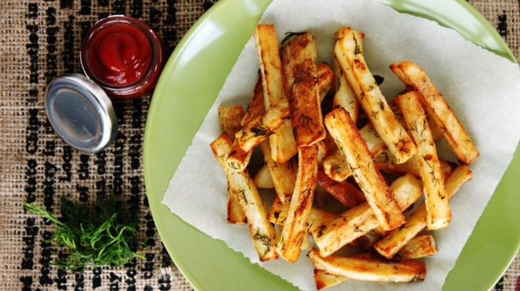 Cum prepari cei mai buni cartofi prăjiţi fără ulei