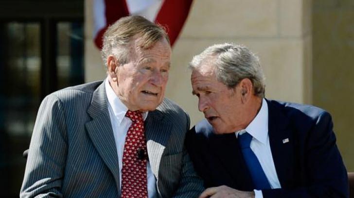 Seniorul George Bush îi ia apărarea fiulului său, George Bush Junior, privind războiul din Irak