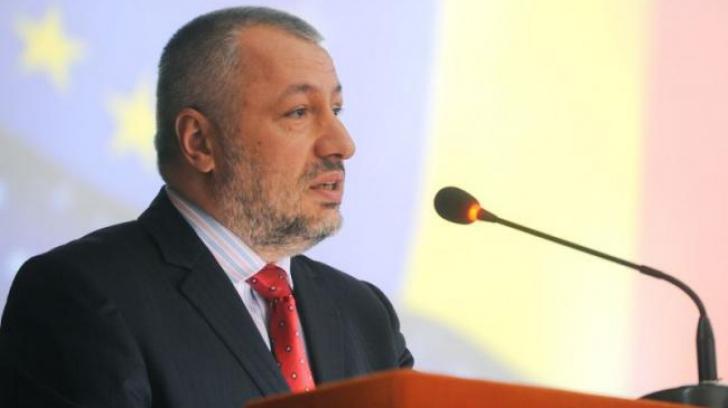 """Iulian Fota: """"România are un proiect de țară de 150 de ani"""". Care a fost greșeala lui Iliescu în '90"""