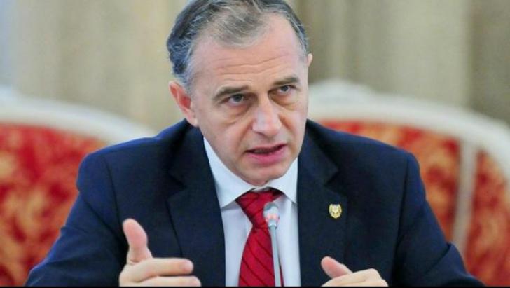 """Mircea Geoană: În 2016, valul de refugiaţi va continua. Merkel va slăbi """"mâna de fier"""""""