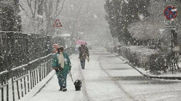 Anunţul directorului ANM: când vor apărea primele ninsori din această iarnă