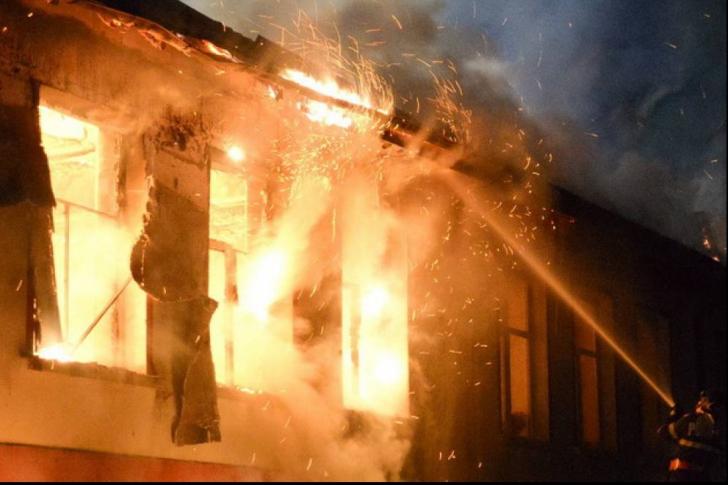 Nenorocire la Călărași! O fetiță de doar un an a ars de vie în casă