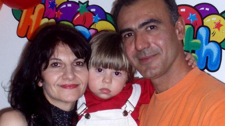Ultimele cuvinte ale soţilor care s-au sinucis lângă copilul lor care a decedat