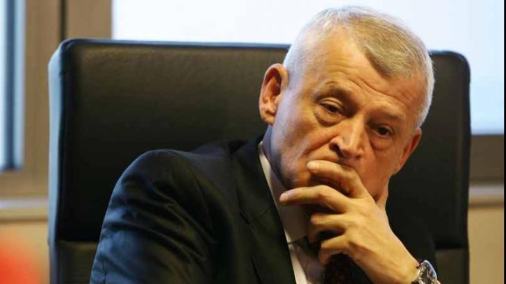 <p>Sorin Oprescu a primit derogare de la Poliţiei. Ce are voie să facă până pe 10 decembrie</p>