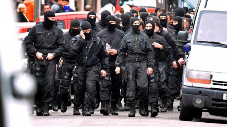 Femeile-kamikaze: O nouă eră a jihadului în Franța. Ce li se promite în paradis