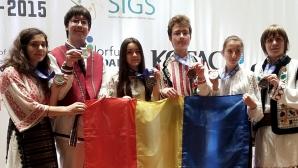 Elevii români au obţinut 5 medalii de aur la Olimpiada Internaţională de Ştiinţe