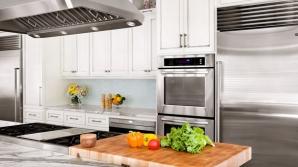 10 obiecte pe care trebuie să le arunci imediat din bucătărie