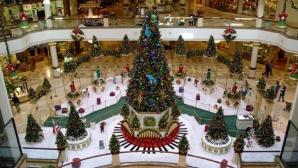 Panică într-un mall. Făceau ultimele cumpărături de Crăciun au auzit mai multe focuri de armă