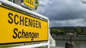 Reuniune importantă la Amsterdam. Prăbuşirea spaţiului Schengen şi terorismul, principalele teme