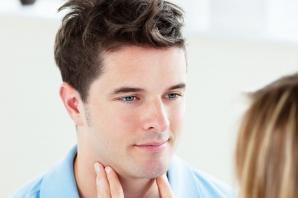 Ce obiceiuri zilnice pot afecta sănătatea glandei tiroide