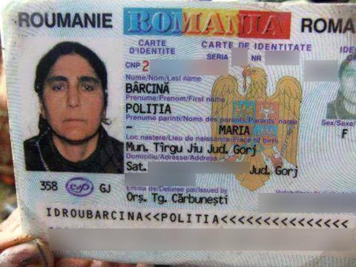 Este IMPOSIBIL să te cheme AŞA! Ce scrie pe buletinul acestei femei din Târgu Jiu