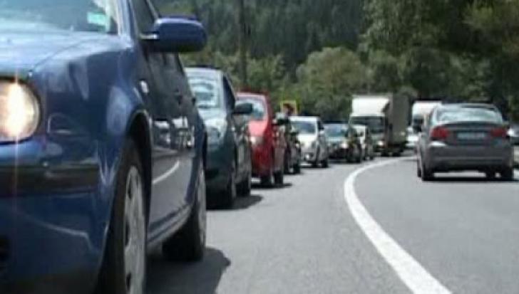 Blocaje pe DN1. Traficul a fost deviat pe DN1A