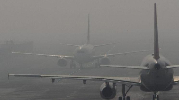 Probleme pentru mai multe aeroporturi din Romania, din cauza cetii dense
