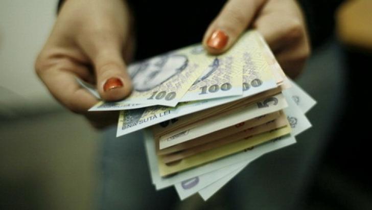 Surse: Acord Guvern-sindicate - salariul minim creşte la 1.250 lei, de la 1 mai