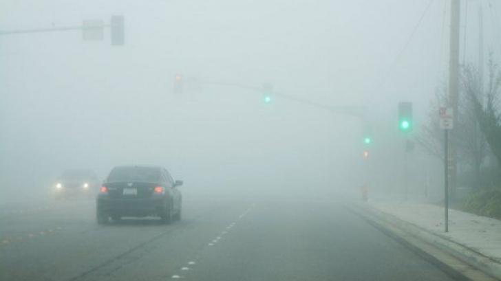 Cod galben de ceaţă până la ora 15.00. Care sunt zonele afectate
