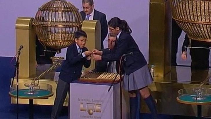 Noroc extraordinar pentru o româncă din Spania: e printre câştigătorii marelui premiu al Loteriei