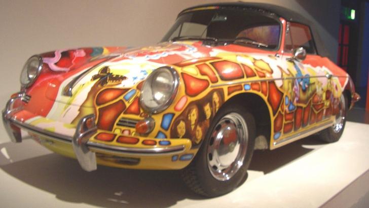 A cumpărat un Porsche cu 1,76 milioane de dolari. Familiei nu i-a venit să creadă cui i-a aparţinut
