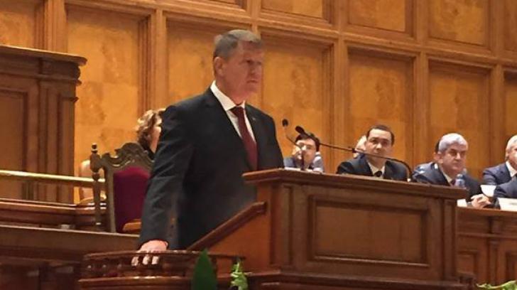 Cine sunt marii absenți de la discursul lui Klaus Iohannis. Cât a întârziat președintele