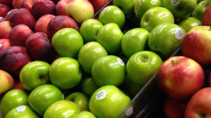 Adevărul ascuns despre merele din supermarket. Ce conțin