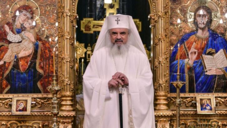 Patriarhul Daniel în Pastorala de Crăciun: Darul păcii spirituale se cultivă prin fapte bune