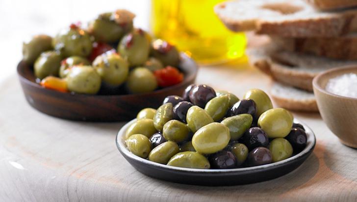 Negre sau verzi? Care sunt cele mai sănătoase măsline