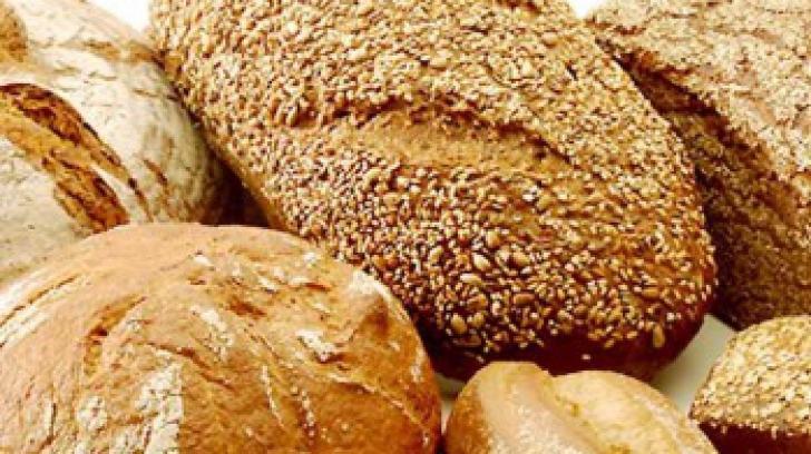 Efectele bănuite ale pâinii integrale. Iată ce se întâmplă dacă mânânci o felie în fiecare zi!