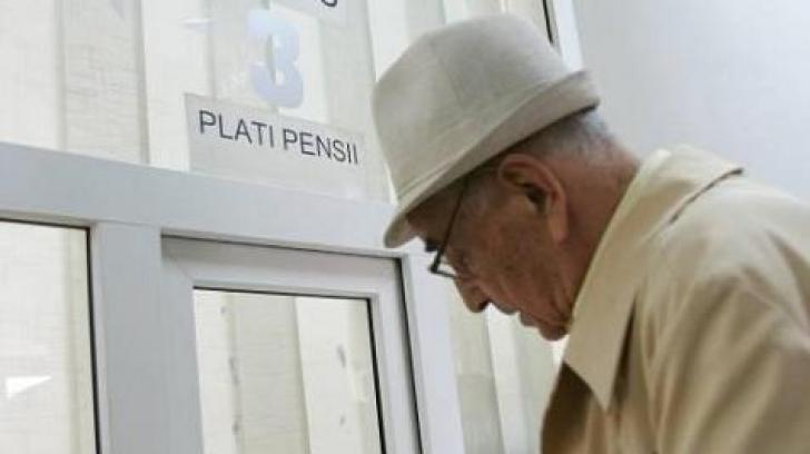 Pensionarii ies în stradă