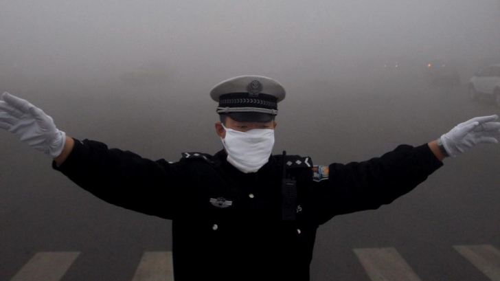 Cod roşu de poluare în China