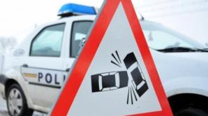 Accident grav în Timiș. Patru persoane, dintre care doi politiști, au ajuns la spital