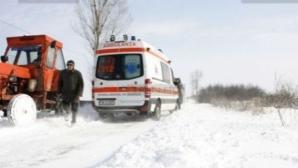 Se întâmplă în România. Tânără cu fractură la coloană aşteaptă de 4 ore să vină o ambulanţă