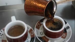 Cum se prepară adevărata cafea turcească la ibric