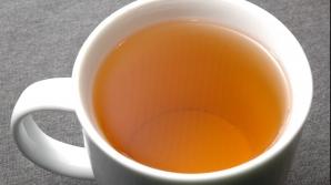 Bea 3 căni pe zi din acest ceai şi scapi de grăsimea abdominală