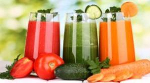 Dieta cu lichide: ce se întâmplă cu corpul tău când vrei să slăbeşti sau să îl detoxifici astfel