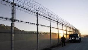 Ministrul de Externe ungar: Construim gard la frontiera cu România, dacă imigranţii schimbă ruta
