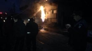 Incendiu puternic în Câmpina! O conductă de gaze a luat foc