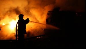 Tragedie în Vaslui. Un bărbat, găsit mort într-o locuinţă cuprinsă de un incendiu