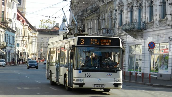 Clipe îngrozitoare într-un autobuz din Cluj. Ce a făcut un călător